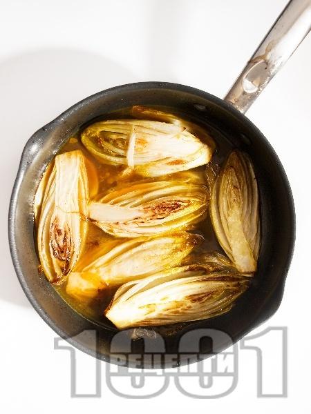 Цикория в портокалов сос - снимка на рецептата